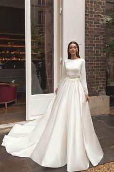 Asian Wedding Dress, Wedding Dress Chiffon, Bohemian Wedding Dresses, Long Sleeve Wedding, Wedding Dress Sleeves, Modest Wedding Dresses, Elegant Wedding Dress, Bridal Dresses, Wedding Gowns