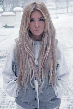 Pale Et Blonde 77