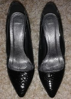 Kup mój przedmiot na #Vinted http://www.vinted.pl/kobiety/na-wysokim-obcasie/9783836-czarne-lakierkowane-szpilki