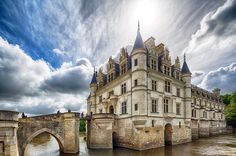 Château de Chenonceau, Chenonceaux, France  I've been inspired to #CheatOnGreek with Stonyfield organic Petite Crème, and you can, too! What's YOUR French inspiration? #CheatOnGreek #Contest You can enter, too: www.stonyfield.com