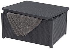 Sehr gute Aufbewahrungsbox  Unser Allibert Polyrattan Kissenbox Graphite grau Tisch Arica besteht aus stilvollen, geflochtenen harzgewebe Harz und ist geeignet für den Garten, die Terrasse oder den Wintergarten. Diese strapazierfähige, robuste Ordnung schafft und gleichzeitig die Tisch hat einen geräumigen Stauraum für Kissen oder zum Aufräumen ist farbecht, Wetter- und UV-beständig. Eine perfekte Ergänzung für die graphitgraue Serie von Outdoor- und Wintergarten Möbel. Features: Praktische… Outdoor Furniture, Outdoor Decor, Ottoman, Home Decor, Patio, Grey Table, Getting Organized, Graphite, Resin