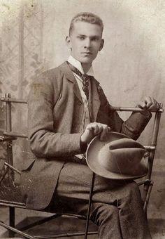 Hot Vintage Men: The Dapper Student, circa 1900