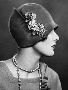 Flower hat ~ 1920's