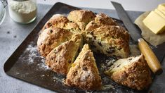 An easy soda bread with all the flavours of spotted dick pudding! No Salt Recipes, Easy Bread Recipes, Buttermilk Recipes, Good Healthy Recipes, Healthy Food, Nadiya Hussain Rezepte, Nadiya Hussain Recipes, Soda Bread, Time To Eat