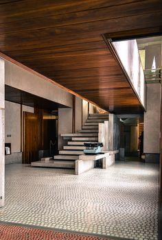 Italy / Venice - Olivetti Showroom 1957-58 - By Carlo Scarpa