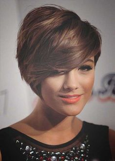 Brown High Lighted Short Pixie Hairstyle | Fashion Qe