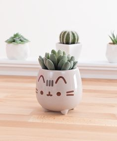 ← Shop Link in Bio ←⠀ Add some Spring to your shelves with this adorable Pusheen planter - NEW at 🌱 Chat Pusheen, Pusheen Stuff, Pusheen Birthday, Arts And Crafts, Diy Crafts, Crazy Cat Lady, Diy Room Decor, Decoration, Planters