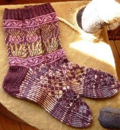 Ravelry: Project Gallery for Onopordum pattern by General Hogbuffer