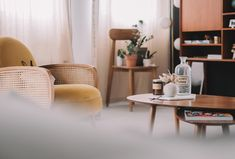 Home sweet home – le salon Farrow Ball, Sweet Home, Piece A Vivre, Wishbone Chair, Decoration, Interior, Furniture, Week End, Home Decor