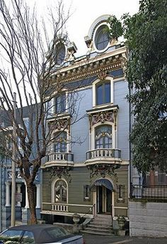 Painted Lady in Haight & Ashbury District