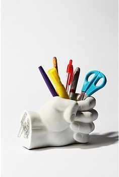 Hand Pen Holder - StyleSays