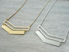 collier triangle argenté de shlomit ofir