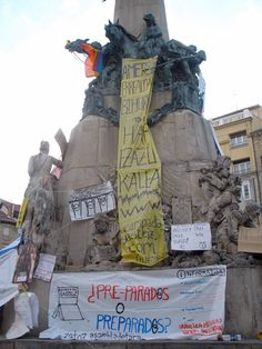 Fotos pancartas, carteles y slogans movimiento 15-M #democraciarealya