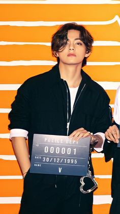 Bts Taehyung, Kim Taehyung Funny, Akatsuki, Mode Kpop, Bts Aesthetic Pictures, Bts Korea, Bts Lockscreen, Album Bts, Inner Child
