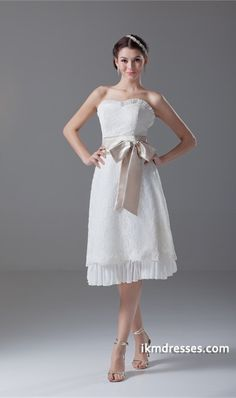 Great A-Line Sleeveless Strapless Satin Lace http://www.ikmdresses.com/Great-A-Line-Sleeveless-Strapless-Satin-Lace-p22958