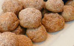 Receita de Broas de Mel com Canela   Doces Regionais Portuguese Desserts, Portuguese Recipes, Mini Desserts, No Bake Desserts, My Recipes, Cooking Recipes, Cake & Co, Pasta, Sweet Bread