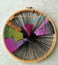 Weaving on an emboidery hoop