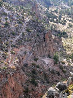 Bandelier National Monument -Frey trail into Frijoles Canyon