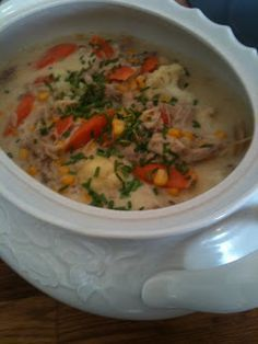 Fodmap, Cheeseburger Chowder, Food To Make, Food And Drink, Turkey, Low Carb, Soup, Chicken, Dinner