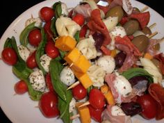 Antipasto Kabobs ~ Have a Food My Recipes, Whole Food Recipes, Antipasto Kabobs, Appetizer Recipes, Appetizers, Kebab, Party Snacks, Caprese Salad, Healthy Choices