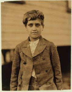 http://www.lewishinephotographs.com/content/jo-veal-219-park-street-lindale-ga-family-record-shows-him-born-august-20-1901-and-he-went-w