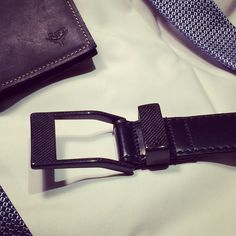 Design 5.45 KASPARI combined genuine leather & carbon fiber to create the 5.45, a belt designed to challenge the laws of physics.