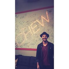 Gavin DeGraw Backstage at photo Gavin Degraw, Drama Series, Theme Song, Debut Album, The Twenties, Handsome, Singer, American, Backstage