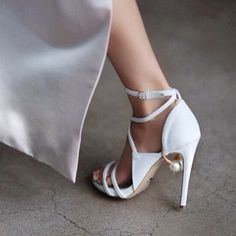 Pearl and Heels