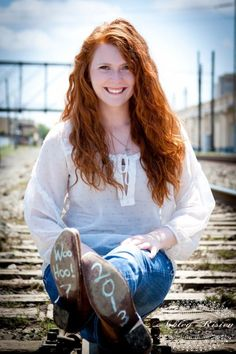 Senior Girl Picture pose. 2013 on the boot in chalk.