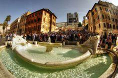 Pietro Bernini - Fontana della Barcaccia 1627 - Piazza di Spagna