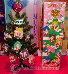 merry christmas everyone! ♥ hope Santa brought everyone some Sailor Moon presents! Christmas Tree Set, Pink Christmas, Xmas Tree, Christmas Holidays, Christmas Stuff, Sailor Moon Official, Sailor Moon Manga, Anime Quizzes, Sailor Moon Collectibles