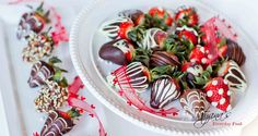 How to Make Chocolate Covered Strawberries I sm totally doing these today