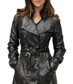 julia restoin-roitfeld – leather trench and ombre hair SO simple and chic Julia Restoin Roitfeld, You Look Stunning, Beautiful, Double Breasted Coat, Leather Fashion, Leather Outfits, Black Leather, Leather Coats, Coats For Women