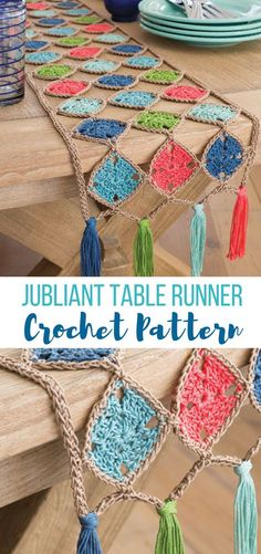 in LOVE with the colors and style of this trendy modern yet retro style table ru. - in LOVE with the colors and style of this trendy modern yet retro style table ru… – caminos de - Crochet Home, Love Crochet, Crochet Gifts, Crochet Yarn, Crochet Stitches, Diy Crochet Patterns, Crochet Projects, Knitting Patterns, Crochet Squares