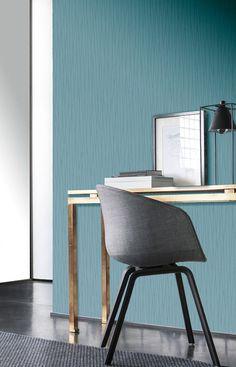 Tapeta v pracovnom kútiku pôsobí veľmi elegantne. | DIMEX