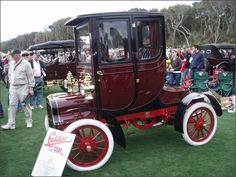 1906 Cadillac – First Car with an enclosed cab