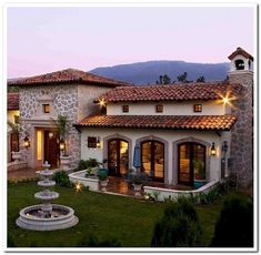70 Most Popular Dream House Exterior Design Ideas is part of Modern architecture Facade House Plans - 70 Most Popular Dream House Exterior Design Ideas Hacienda Style Homes, Spanish Style Homes, Spanish Colonial, Spanish House Design, Mexican Style Homes, Villa Plan, Mexico House, Design Exterior, Mediterranean Homes