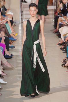 Bouchra Jarrar Fall 2012. http://votetrends.com/polls/1239/share #designer #gown #high fashion #couture