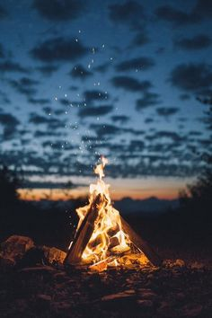 It's a Man's World - Camping & Glamping - Fotografie Landscape Photography, Nature Photography, Camping Photography, Flash Photography, Iphone Photography, Photography Ideas, Cool Pictures, Beautiful Pictures, Travel Pictures
