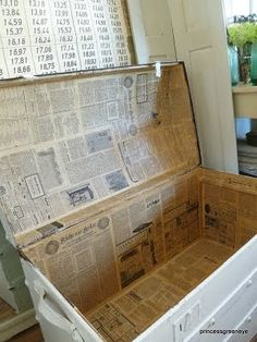 paper lined, I like this idea for my white shabby trunk Old Trunks, Vintage Trunks, Vintage Suitcases, Trunks And Chests, Antique Trunks, Paint Furniture, Furniture Projects, Furniture Makeover, Wood Projects
