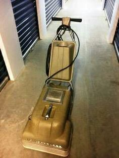 Used (normal wear) - Start your own carpet cleaning business with a Von Schrader