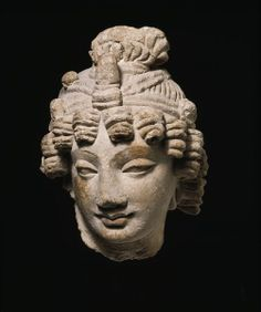 Head of a Bodhisattva Object: Sculpture Place of origin: Peshawar (made) Date: century (made) Artist/Maker: Unknown Materials and Techniques: Stucco Buddha Sculpture, Pottery Sculpture, Lion Sculpture, Ancient Aliens, Ancient Art, Ancient History, Buddha India, Sea Peoples, Anatomy Sculpture