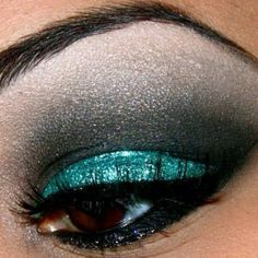 Teal + Black + Grey Eyeshadow with Black Eyeliner. so cool!