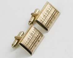 Vintage Cufflinks- Classic Gold Toned Cuff Links, For Dad, Wedding Wear, Winter Formal Wedding For Him, Dad Gift, Hipster Christmas GIft by CuffsandClips on Etsy https://www.etsy.com/listing/127341599/vintage-cufflinks-classic-gold-toned