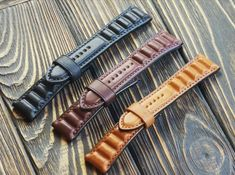 Leather Workshop, Leather Watch Bands, Leather Accessories, Vegetable Tanned Leather, Apple Watch Bands, Vintage Leather, Bracelet Watch, Watch Straps, Watches