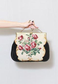VINTAGE 1950'S STUNNING FLORAL ROSE TAPESTRY HAND BAG