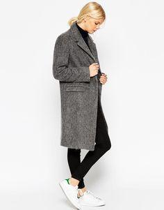 32%LANA+17%LMOHAIR. ASOS - Cappotto in lana a pelo lungo con cuciture a vista