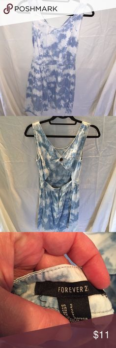 Forever 21 denim dress This dress is in excellent condition Forever 21 Dresses