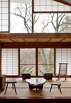 Take a tour of this home, originally designed by woodworker George Nakashima it combines natural wood and traditional Japanese design to stunning effect - INSIDE MIRA NAKASHIMA'S PENNSYLVANIAN HOME Originally designed by woodworker George Nakashima, thi - Japanese Modern House, Traditional Japanese House, Japanese Interior Design, Japanese Home Decor, Home Interior Design, Japanese Living Rooms, Japanese Homes, Japanese Furniture, Interior Modern