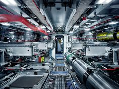 amunt:  Greg White x Wired Magazine: BAE Systems — Collate